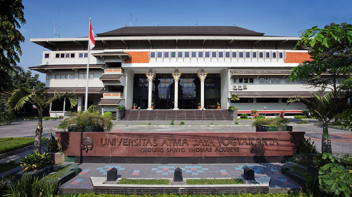 Atma Jaya 50 Tahun Harapan Alumni